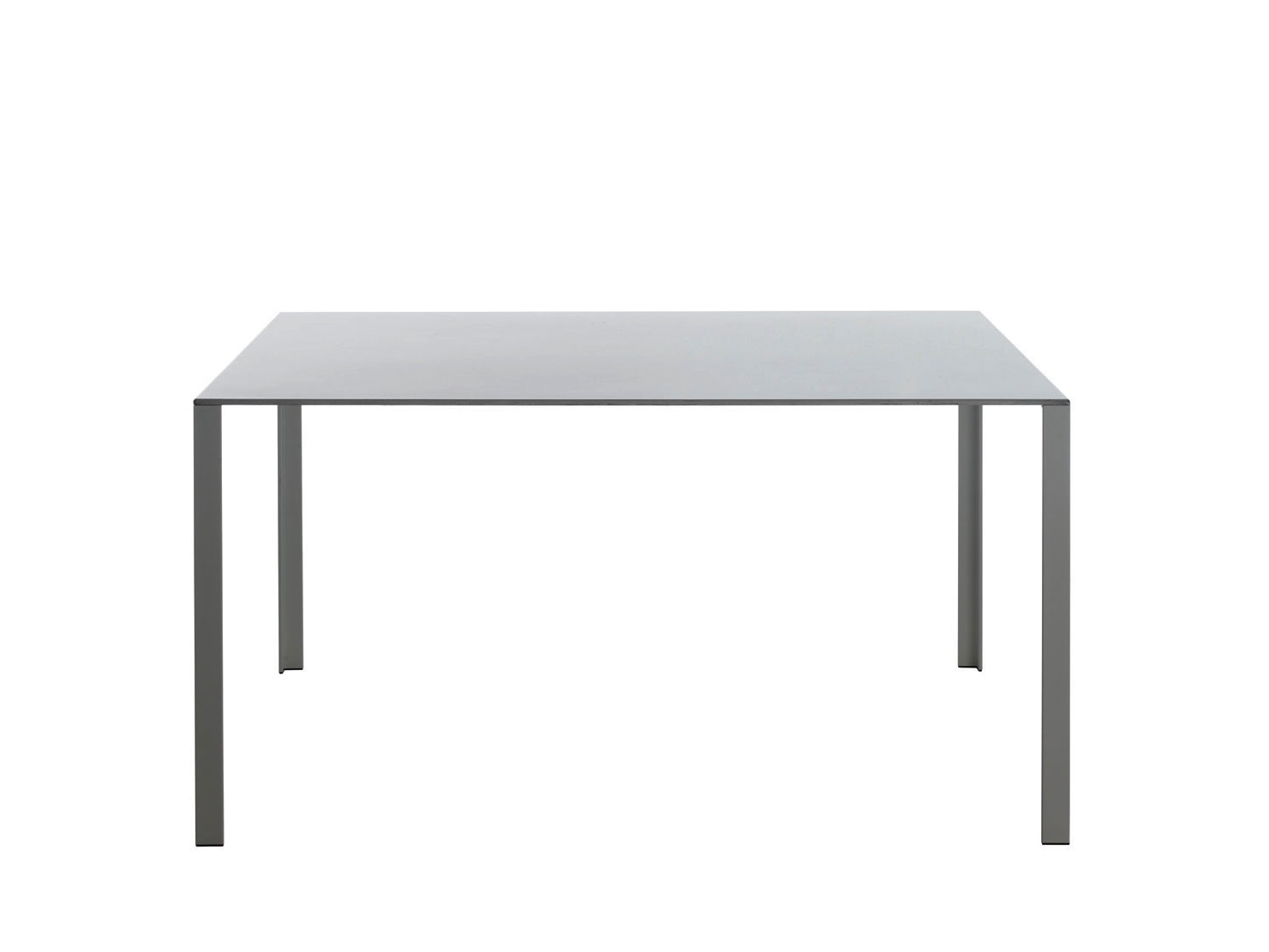 Table molteni table lessless 140x140 - Tavolo less molteni misure ...
