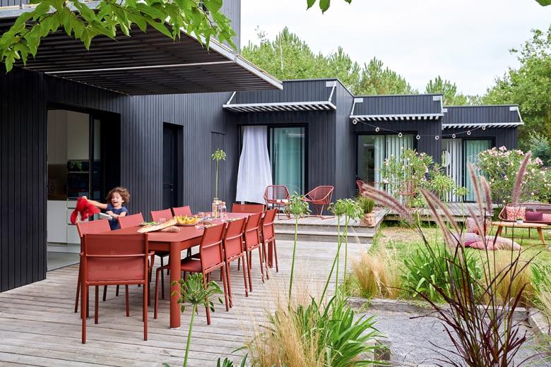 Terrasses & Jardin: Ribambelle de Fermob,trouvez la table de vos rêves