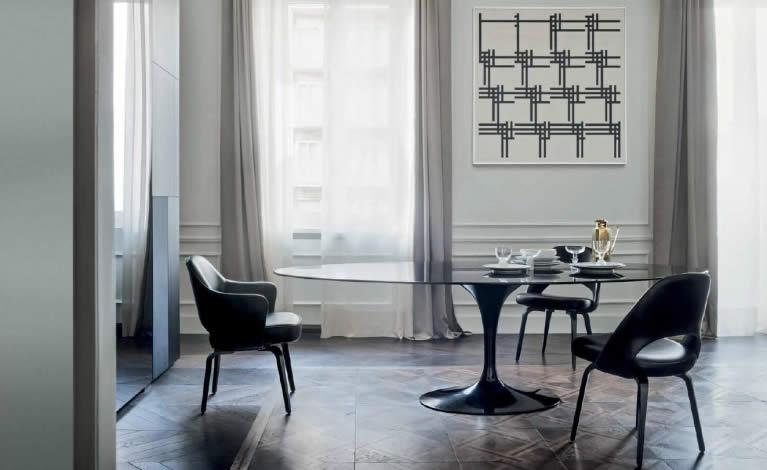Tables, collection Saarinen