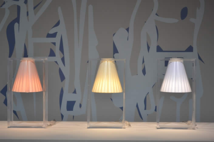 Lampe light air kartell quartz design
